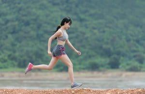 Los ejercicios para tratar los dolores en la espalda