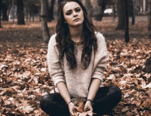 Algunos factores de riesgo como la depresión posparto