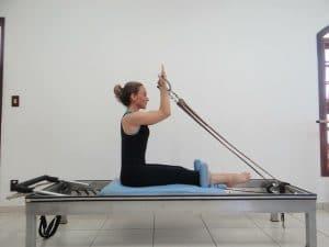 Beneficios de practicar el Método Pilates auxiliados con máquinas o con Reformer
